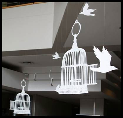De Waal Art Bird Cages
